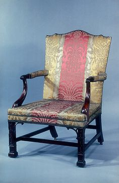 Attributed to Thomas Affleck: Armchair based on Chippendale design. The Metropolitan Museum of Art Living Room Furniture Arrangement, Living Furniture, Upholstered Furniture, Classic Furniture, Furniture Styles, Unique Furniture, Quality Furniture, Georgian Furniture, Old Chairs