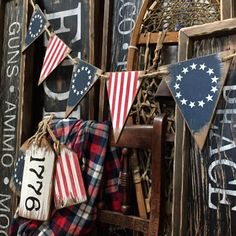 The original flag designed in Very colonial & farmhouse rustic! Available in our shop on Etsy ~ TheUnpolishedBarn 🇺🇸 Happy Labor Day… 4th July Crafts, Fourth Of July Decor, 4th Of July Decorations, 4th Of July Party, July 4th, Americana Crafts, Patriotic Crafts, Rustic Americana Decor, Primitive Crafts