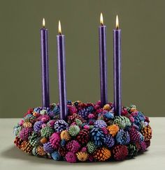 painted pine cone center piece but this would make a nice wreath as well