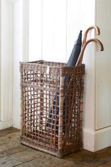 Baskets On Wall, Wicker Baskets, Wicker Furniture, Diy Furniture, Paper Weaving, Newspaper Crafts, Flower Girl Basket, Faux Bamboo, Open Weave