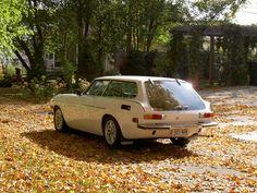 Volvo P1800 ES Cherchez la similitude avec la C30 actuel ou la V40...