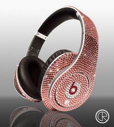 Love it for the bling~ 'Limited edition Swarovski Light Rose Dr Dre Beats Studio Headphones' Beats Studio Headphones, Cute Headphones, Over Ear Headphones, Beats Earbuds, Sports Headphones, Wireless Headphones, Beats By Dre, Girly Things, Girly Stuff