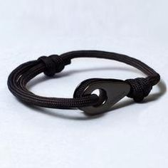 ANTILLA Paracord Thimble Bracelet Black