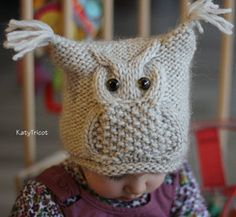 Free owl knitting patterns including cup cozy, large softie owl, tablet cover, small softie owls, mittens, hat, blanket square and more.