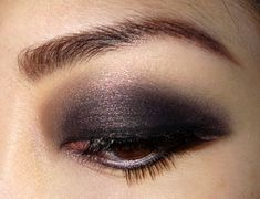 light color past crease + dark color on eyelid. Works well for those w/o a crease.