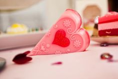 "Pretty Valentines Day Soap. Bubbles 'n' Lush: ""The home of nature's handmade luxury soaps"" - american top model"