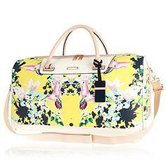 Yellow floral print weekend bag 75,00 €