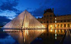 NO pagues la entrada al Louvre si tienes menos de 18 años, si tienes entre 18-25 años y eres de la UE, vas el 14 de julio o si entras el primer domingo de mes entre octubre y abril (de mayo a septiembre sí se paga).