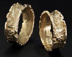 Große Hochzeit Bands, seine und ihre Natur Ringe, vulkanisches Hochzeit Bänder, passende Bandsatz, einzigartige Eheringe, Gold Trauringe