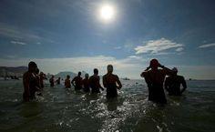 Jeux Olympiques de Rio, août 2016. Départ marathon natation 10km. Yark!! très fécal comme course... les athlètes ont commencé en forme et on fini en coliforme ...