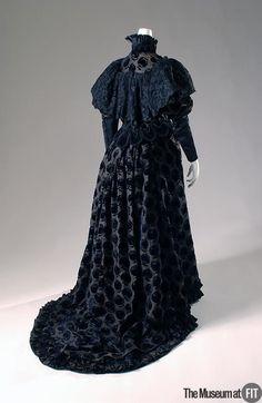 Emile Pingat evening   Pingat evening dress 1895