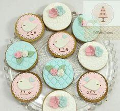 Resultado de imagen para tortas con pajaritos para bautismo Shabby Chic Cookies, Fondant, Desserts, Cakes, Food, Baby, Sweet Treats, Tailgate Desserts, Deserts