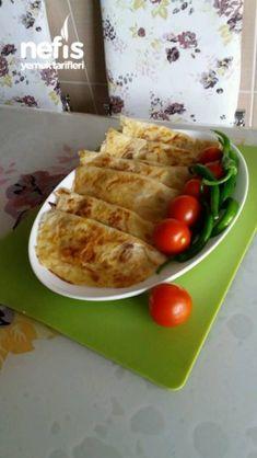 Yufkadan Şipşak çiğ börek; )) Turkish Recipes, Ethnic Recipes, Food Facts, Easy Cake Recipes, Waffles, Food And Drink, Pie, Yummy Food, Chicken