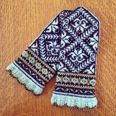 Amaryllis Mittens hand knit by Lauren Mayhew.  Cascade 220 Fingering Yarn | Pattern 'Amaryllis Mittens' by Mary Ann Stephens