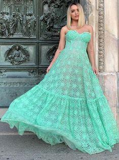 Vestidos Tiffany, Tiffany Dresses, Hippie Style, Silk Dress, Dress Skirt, Daytime Wedding, Gala Dresses, Different Dresses, Navy Blue Dresses