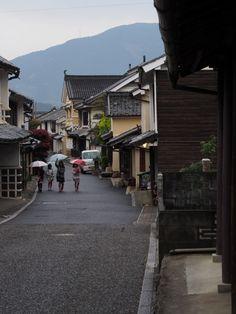 雨に霞む木蝋のまち,内子 / Uchiko, used to be wax production town, longing in the Rain