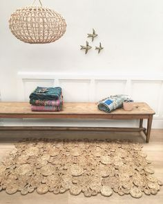 vintage kids furnitures , designer, lovely and curious things for adults and for kids. Vintage Children, Kids Furniture, Entryway Bench, Bohemian Style, Rugs, Storage, Design, Home Decor, Jute Carpet