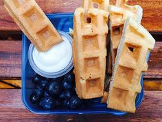 Cut Calories Waffles cut into strips, packed into a container with a small container of yogurt and blueberries. - Save money and calories with simple meal kits that you can take on your next road trip. Healthy Travel Snacks, Lunch Snacks, School Snacks, Travel Snacks Kids, Healthy Kids, Food Travel, School Lunch, Healthy Meals, Healthy Living