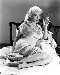 """Mamie Van Doren en """"Girls Town"""", 1959"""