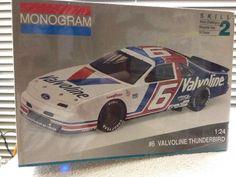 Monogram Mark Martin Valvoline #6 Thunderbird NASCAR 1/24  Model Kit 1992 Sealed #Monogram