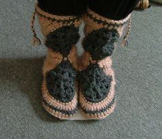 Mini Muk Luks- Wind Rose Fiber Studio..really detailed tutorial