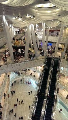 IAPM shopping mall, Shanghai _ march 2014