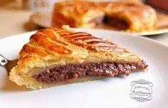 Galette des rois au chocolat. Source : http://www.iletaitunefoislapatisserie.com/2014/01/galette-des-rois-au-chocolat.html