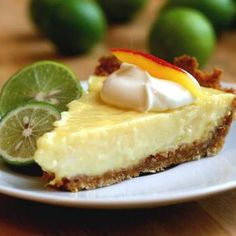 Try this delicious Mango Key Lime Pie recipe. Mango Key Lime Pie Recipe, Mango Pie, No Bake Desserts, Just Desserts, Delicious Desserts, Dessert Recipes, Mango Desserts, Baking Desserts, Baking Cupcakes