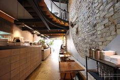 Reuben Hills Coffee Sydney by Petite Passport Cafe Restaurant, Restaurant Design, Modern Restaurant, Interior Architecture, Interior And Exterior, Surry Hills, Fluorescent Lamp, 3d Visualization, Bespoke Design