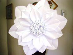 Giant cardstock flower