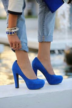 Fashionista: Lovely Blue Shoes