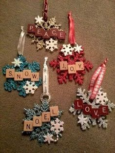 149 best diy christmas decoration to perfect your home -page 28 - homeinspins.com Pallet Christmas Tree, Noel Christmas, White Christmas, Christmas 2019, Christmas Cactus, Christmas Cookies, Pallet Tree, Christmas Things, Christmas Treats