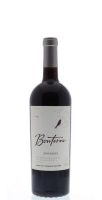 Bonterra Organically Grown Zinfandel 2012 from Mendocino, California - The 2012 Zinfandel has aromas of blueberry, black stone fruit and black pepper. Polished tannins and flavors of berries, vanilla, black pepper and toasty oak . Stone Fruit, Red Wine, Blueberry, Alcoholic Drinks, Berries, Stuffed Peppers, Blueberries, Berry Fruits, Stuffed Pepper