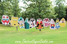 Alice In Wonderland Photo Booth Props And Banner Printable Digital Download-(Nothing is shipped to you) For Personal Use Only. Do not add these printables to your site. You do not have permission to r