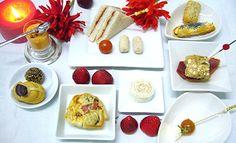 #COCKTAIL 10 piezas saladas y 2 dulces 16€ por persona http://celebrandoencasa.com/servicios/catering/selection.html