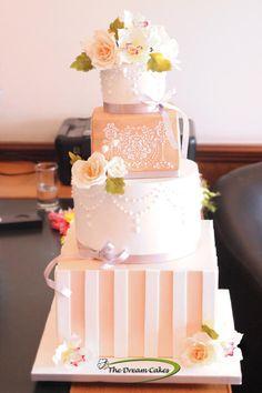 Blush by Ashwini Sarabhai - http://cakesdecor.com/cakes/213874-blush