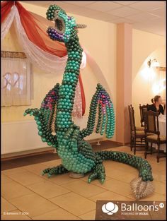 Balloon Dragon- repinning - because WOW!