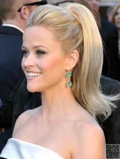 We love the way Reese rocks the  #Bouncy Ponytails. #Gorgeous Red Carpet #Inspired Updos to Try… #Clips