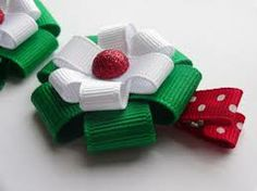 Google Image Result for http://www.artfire.com/uploads/product/0/720/66720/7966720/7966720/large/christmas_red_white_green_hair_bow_holiday_...