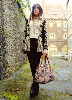 Lookbook.nu   RAPHELITE  BY CHARLOTTE C., 20 YEAR OLD FASHION BLOGGER, STUDENT, PRE-RAPHELITE FROM SOUTH WALES