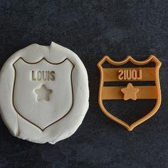 Emporte-pièce Badge de Police avec prénom (Personnalisable) - La Boîte à Cookies