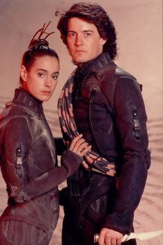 Sean Young and Kyle MacLachlan in Dune' (1984)