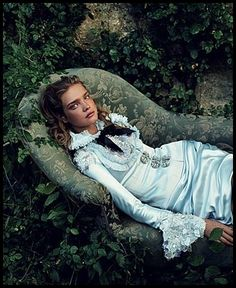 Annie-Leibovitz-Natalia-Vodianova-Alice-au-pays-des-Merveil.jpg