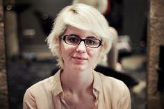J'ai testé : quitter un blond décoloré Paulette Magazine, Quitter, Blond, Glasses, Fashion, Eyewear, Moda, Eyeglasses, Fashion Styles