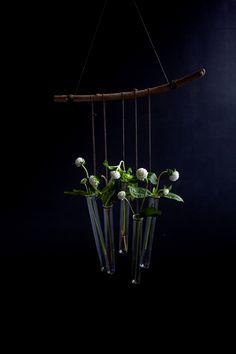 Blog lifestyle, DIY, tendances, inspiration, décoration, food, voyage - Moodfeather : DIY vases tubes à essai fleurs