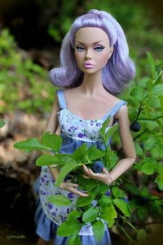 Little Purple-head in the woods Fashion Royalty Dolls, Fashion Dolls, Barbie Dolls, Pink Barbie, Dolls Dolls, Vintage Dolls, Vintage Barbie, Custom Barbie, That Poppy