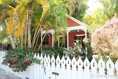 Key West little red pool garden cottage. I could just live here for the summers I'm still in college.