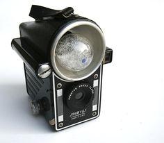 Vintage Camera. Spartus Press Flash