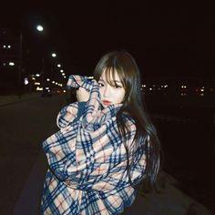 girl, korean, and ulzzang image Ulzzang Korean Girl, Cute Korean Girl, Ulzzang Couple, Pretty Asian, Beautiful Asian Girls, Ulzzang Fashion, Korean Fashion, Korean Beauty, Asian Beauty
