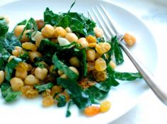 warm chickpea salad recipe edit Meatless Monday: Warm Chickpea Salad with Rosemary, Lemon and Greens Great Recipes, Whole Food Recipes, Cooking Recipes, Favorite Recipes, Chickpea Salad Recipes, Vegetarian Recipes, Healthy Recipes, Healthy Snacks, Healthy Eating